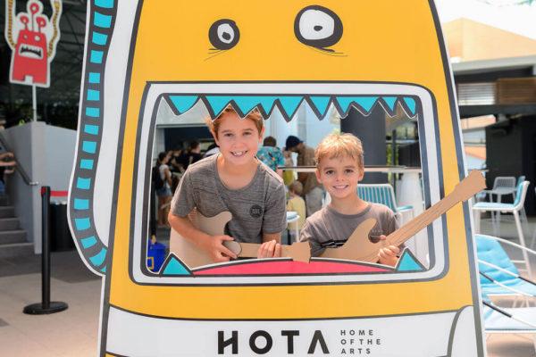 HOTA_KIDS TAKE OVER-sized